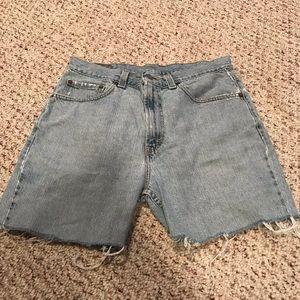 Levi's denim cutoff shorts size 34